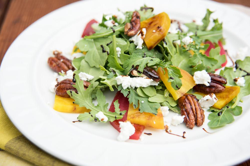 salada de rúcula e chévre