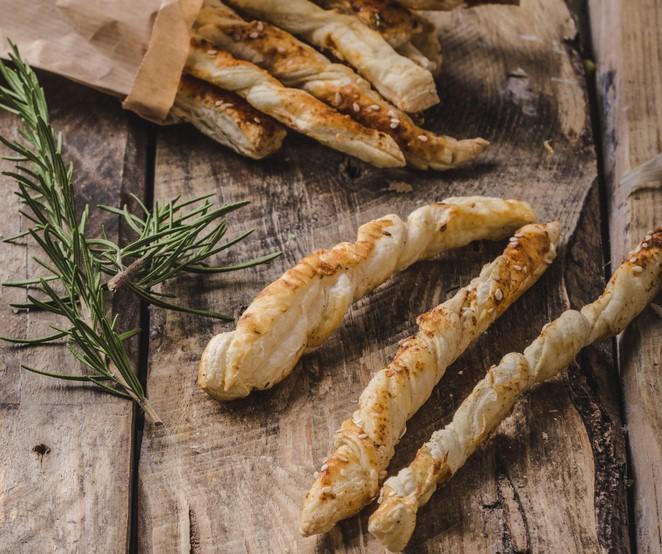 torcidos-de-queijo-e-ervas-aromaticas-o-nosso-t2-blog-2