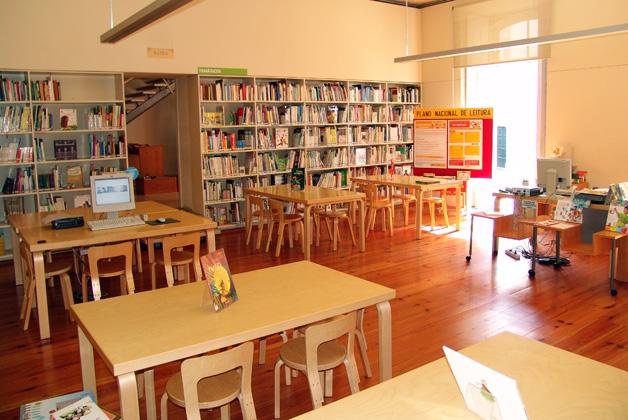 o-nosso-t2-agenda-sabados-a-contar-na-biblioteca-publica-municipal-do-porto