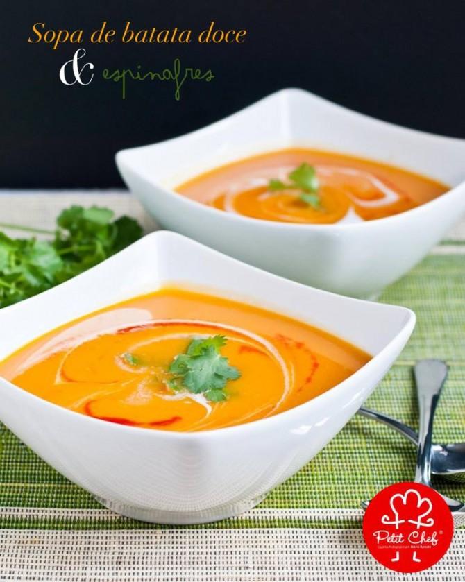 Sopa de batata doce e espinafres