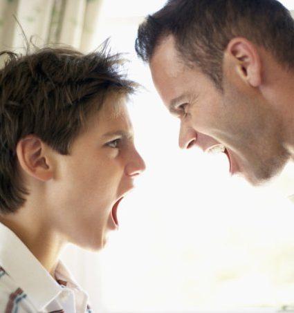 Pais e adolescentes: as discussões são inevitáveis?